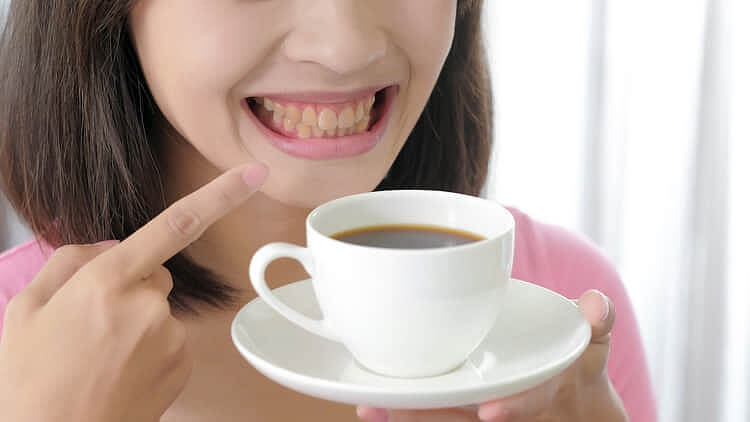 より魅力的な笑顔になる白い歯
